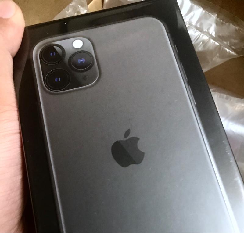 iPhone 11 Pro買ったのでちょっとマニアックな感じでレビュー予定!