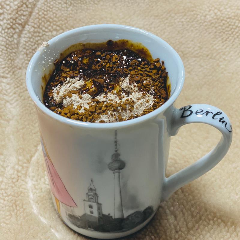 インスタントコーヒーの粒食べる派?