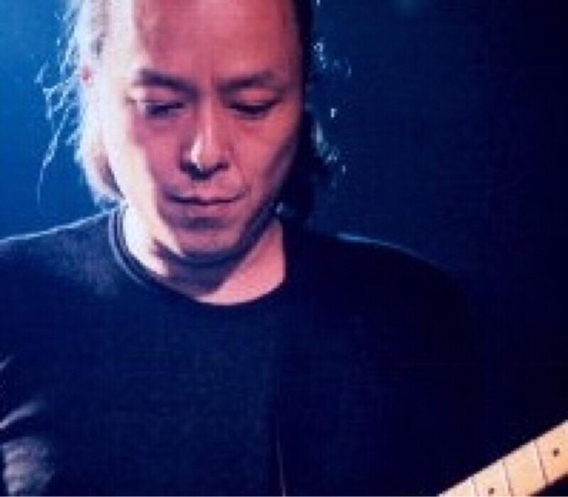ギターが歌う、饒舌なギタリスト 江森孝之さん
