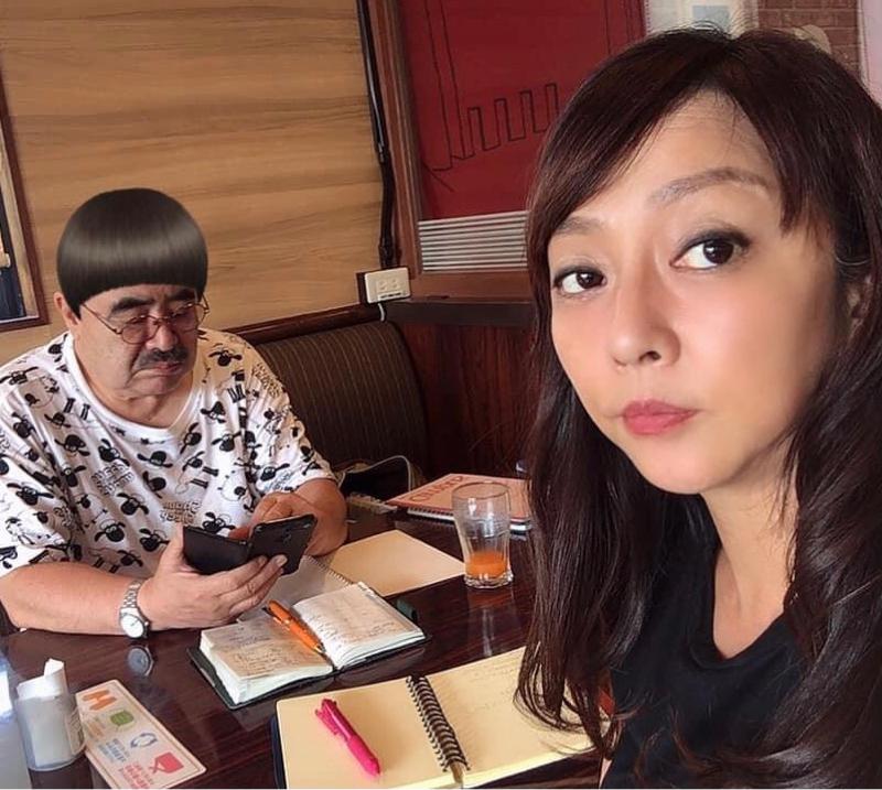 映画を作るピアニスト岡本美沙さん。