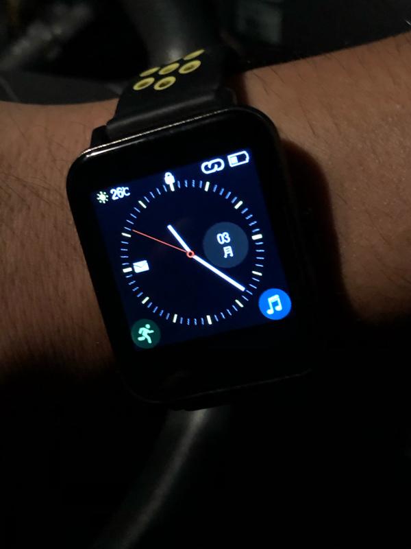 #318 腕時計の盤面