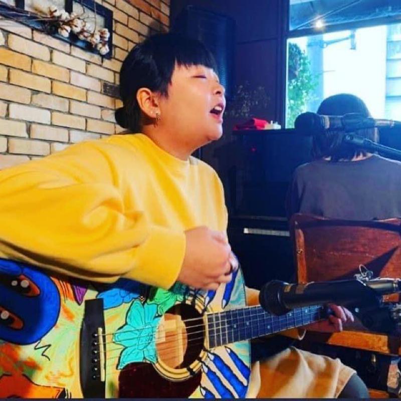 AN  MUSIC :singer AN