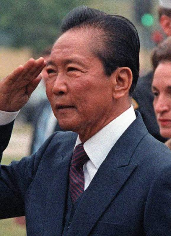 #26【フィリピン歴史】アジアの優秀国からの転落、独裁者マルコス【対談】