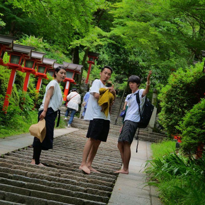 第2回 〜京都の鞍馬山を裸足で登山したよ!アーシングについて〜
