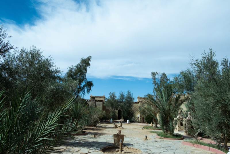 9.モロッコ🇲🇦12時間かけて砂漠のホテルへ