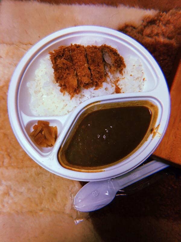 無人島から一番遠い食べ物それはカツカレー