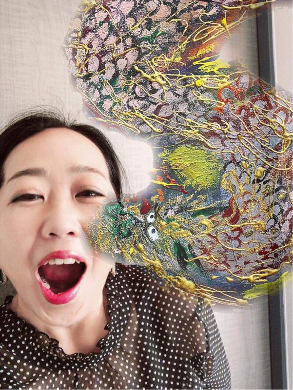 #14 世界で活躍するコピーライターでアーティスト西村麻里さんにインタビュー【にしまりちゃん①】
