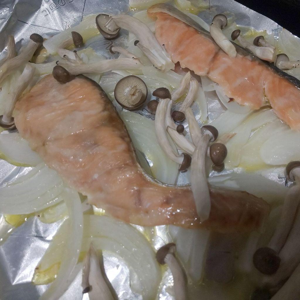 メイン.10 鮭のオリーブオイル焼き