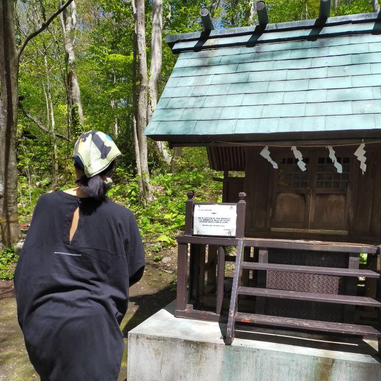 駒ヶ岳神社の鳥の音