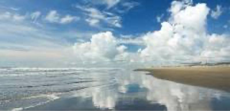 #28  夏は海、家の近所に温泉ありけり…。(枕草子風)