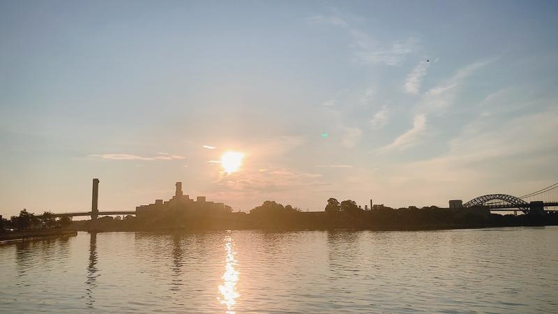 夏至とヨガと夜景