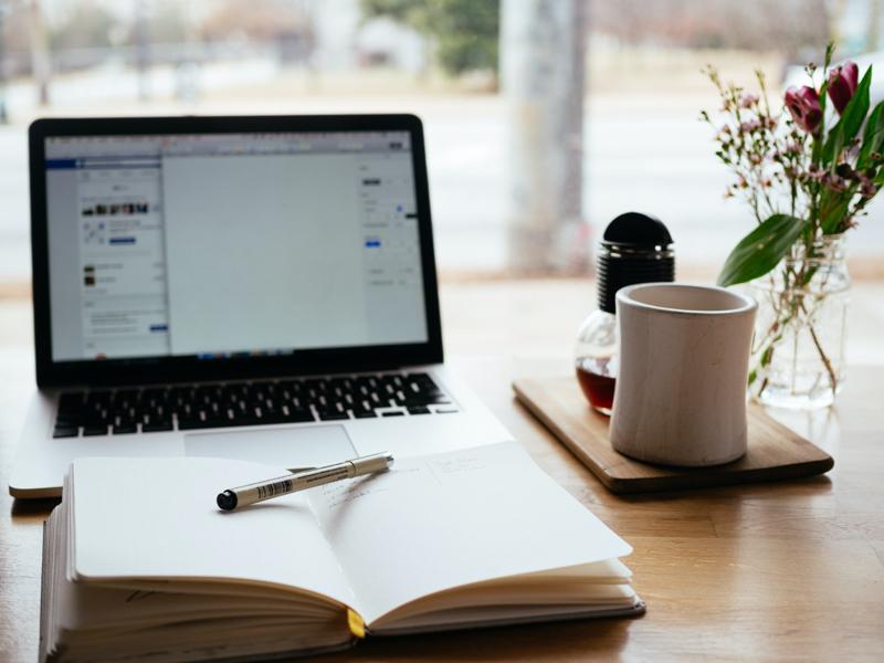 【簡単】記事が書けない人は徹底的になりきろう