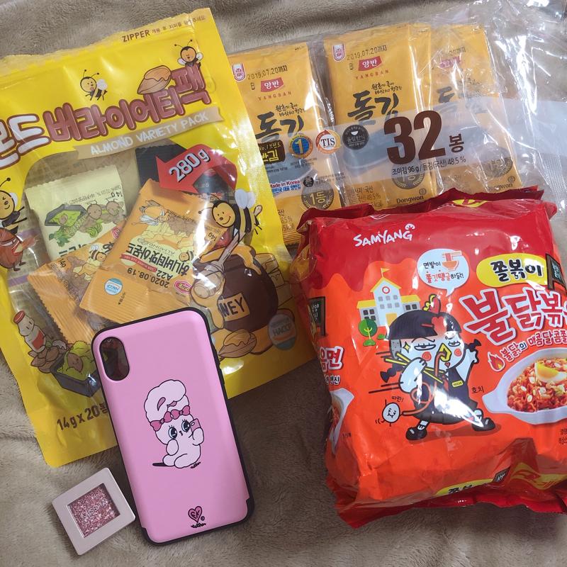 韓国で買ったものを並べる 2🌶👗