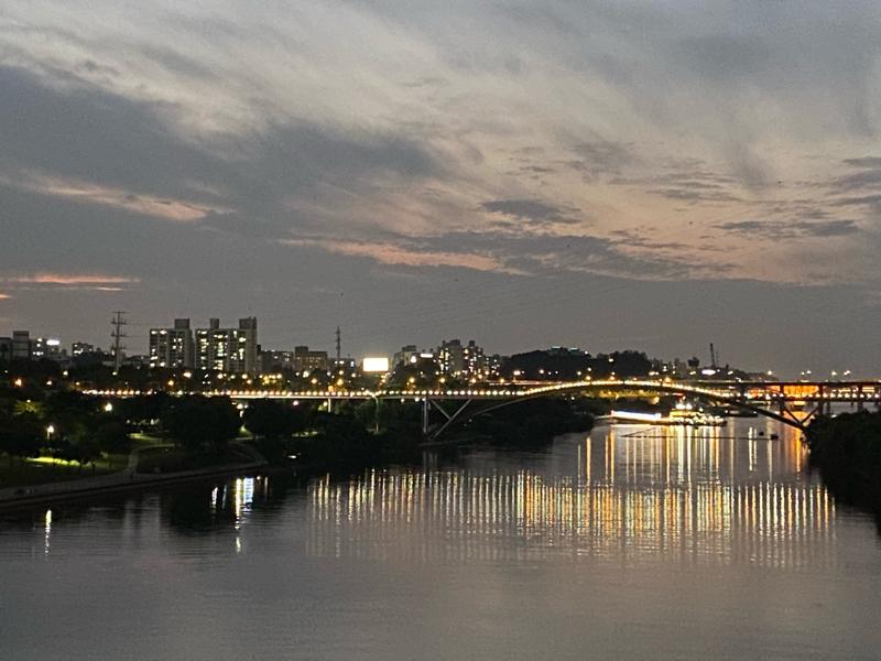 #21 漢江(ハンガン)の川辺お散歩、オススメです。