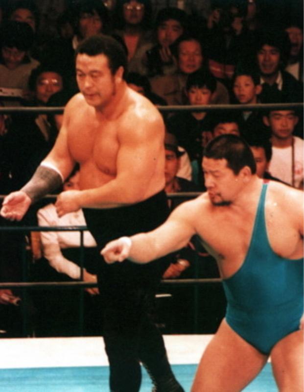 昭和の全日本プロレス 、開場前の練習風景。