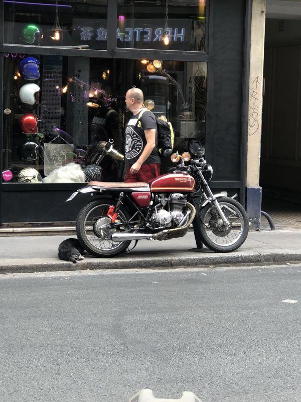 パリで自分のバイク初運転