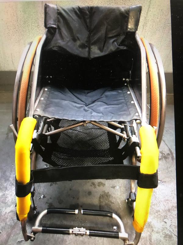 #079押してもらうより助かるヘルプ/♿️車椅子