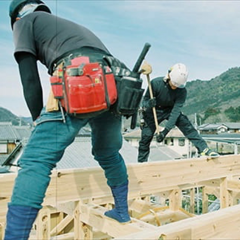 HOUSE for LOCAL 地域固有の材料で、地域の職人が建てる