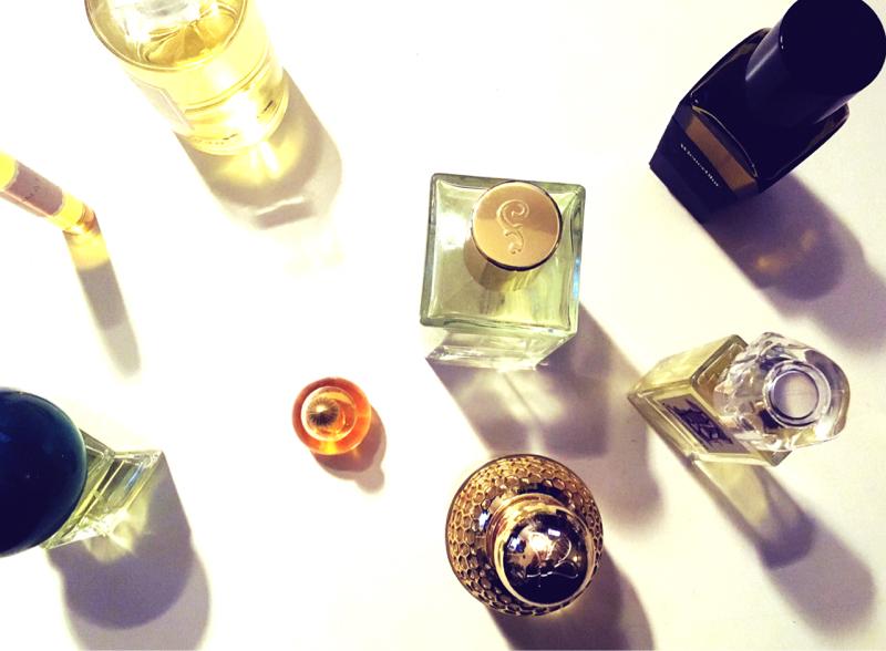 香水大好きゆうれいの「極夜の極み」