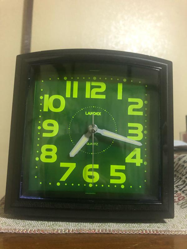 QOL向上のために目覚まし時計を買いました。