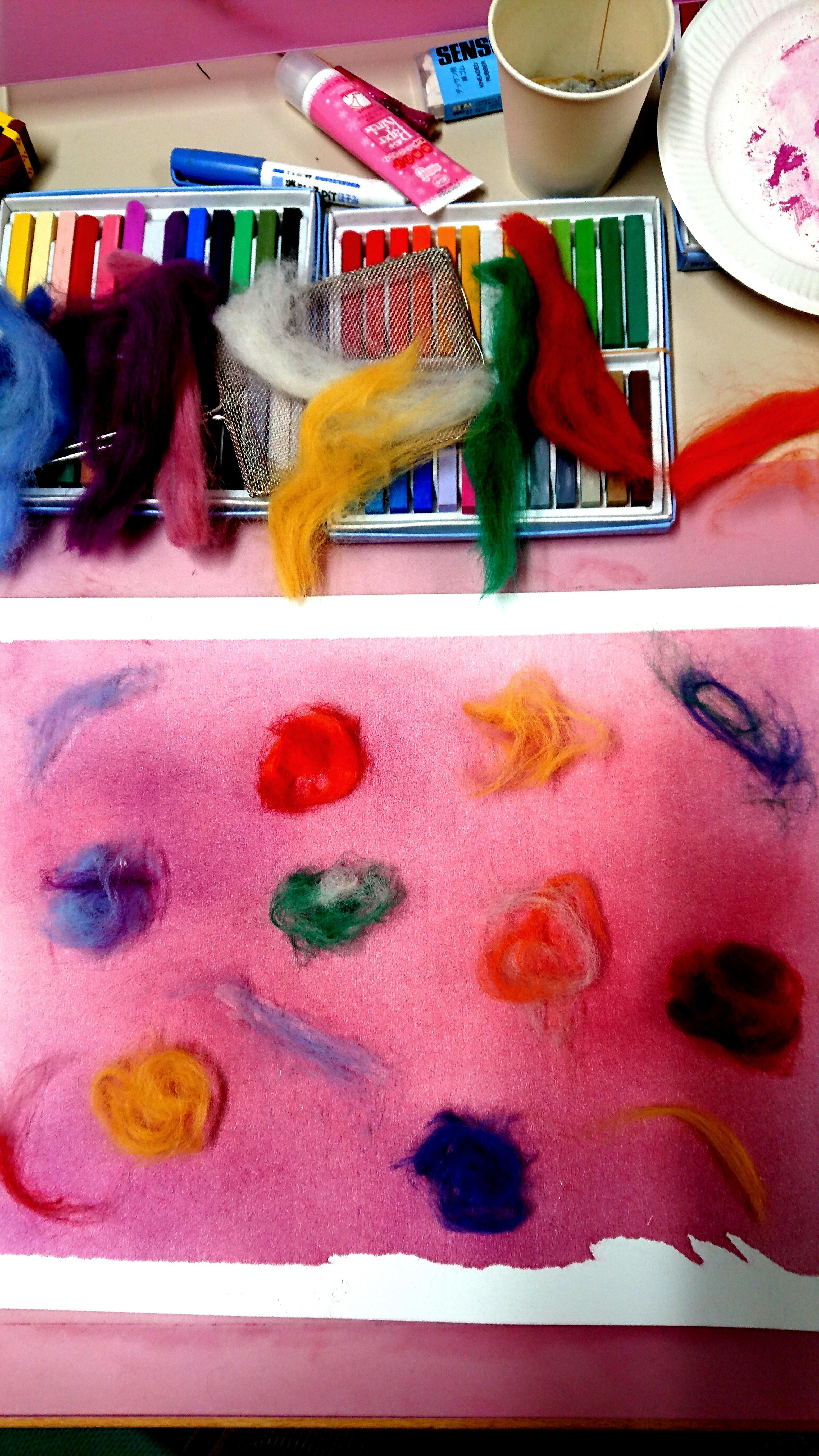 色彩吐き出しアート