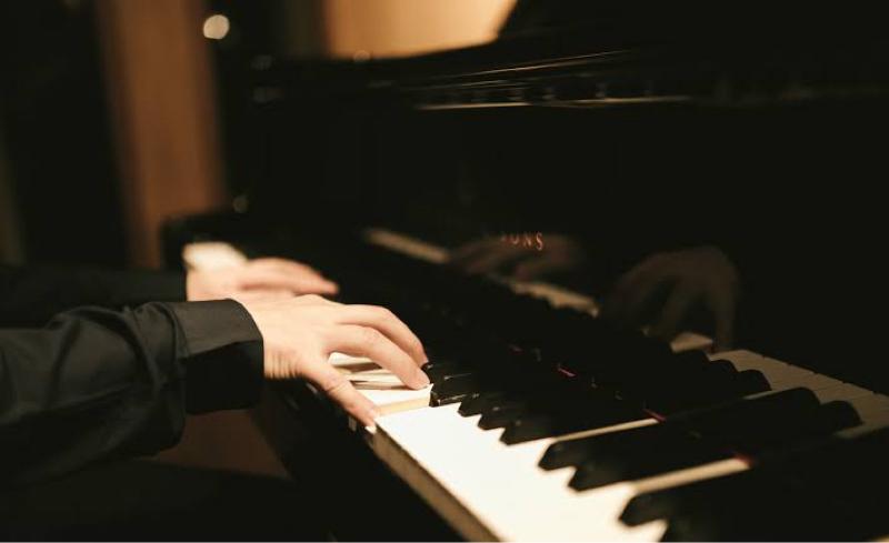 【本日】ストリートピアノ、まじで弾き切ることはできるのか?!【応援求む】