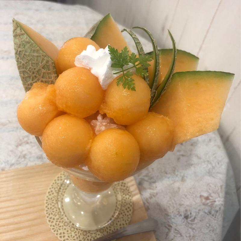#110  フルーツすぎのフルーツすぎるパフェ