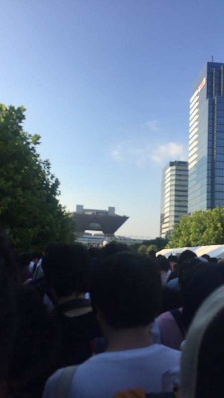 131日目8月11日のm-wave「コミケデビュー個人的後夜祭」