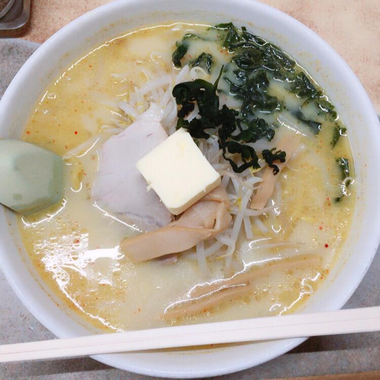 津軽娘と味噌カレー牛乳ラーメン